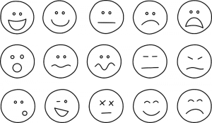 Erilaisia hymynaamoja